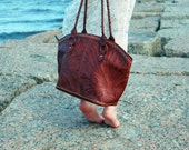 Chinche Brown . Tooled Leather Tote