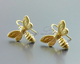 2 honey bee hook earrings, bee earrings, supplies for earring making, bridal / wedding jewelry supplies 1619-MG (matte gold, 2 pieces)