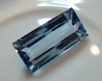 One Sky Blue Topaz Baguette Pendant Briolette Drilled 15.45 Ct