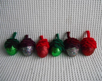 6 Acorns Glittered Felt Red Green Purple Multicolor Party Home Decoration