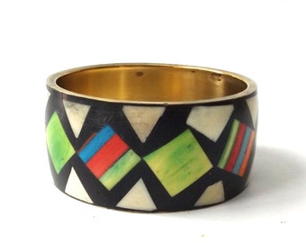 vintage 1960's brass & bone wide bangle bracelet real animal dyed inlay black white green geometric metal womens accessories accessory old