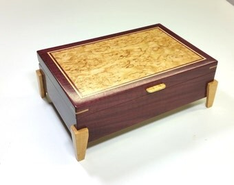 Valet box / jewelry box curly Purpleheart and Karellian Birch