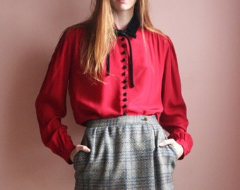 SALE Silk Valentino Blouse / Velvet Black Bow Tie Button Up Shirt / Lipstick Red Blouson Top / Made in Italy