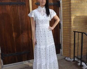 Prairie White Floral Print Vintage Dress Maxi 9 XS S Summer 70s Gunne Sax Style