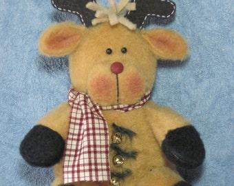"""Reindeer pattern:  """"Tuckered Reindeer"""" - #651"""