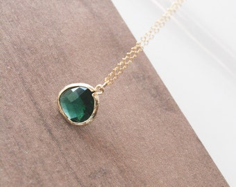 Emerald Necklace,Gold Necklace,Layering Necklace,Delicate Necklace,Minimal Necklace,Bridesmaid Gift