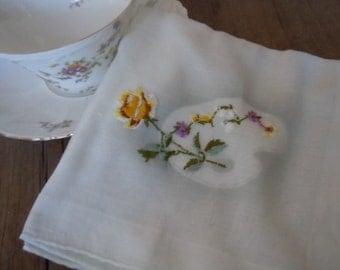 Vintage Ladies Hanky Artist Wedding Bride Gift Wedding Flower Paint Palette Embroidered Rose Handkerchief Cottage Chic