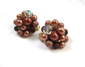 vintage earrings bead cluster brown 1950s clip ons posts jewelry