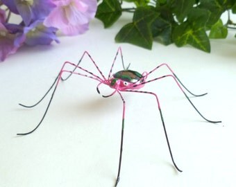Large Pink Daddy Long Leg Spider Wire Art and Glass Spider Perfect Gift for Entomology Lover Gift for Him Trendy Gift of Nature Love Bug 4""