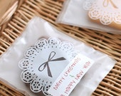 25 White Doily Ribbon Semitransparent Plastic Bags (4.4 x 5.5in)