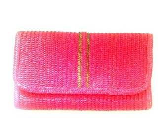 Vintage Walborg Hong Kong Berry Red and Green straw clutch