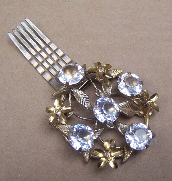 how to use decorative hair pins