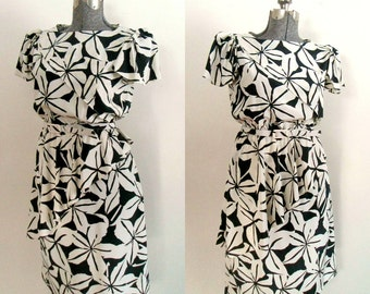 Black And White Peplum Dress / Vintage Belted Daydress Office to Evening Fashion