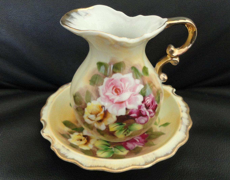 vintage enesco roses pitcher and bowl set. Black Bedroom Furniture Sets. Home Design Ideas