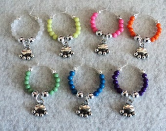 Wine Glass Charm, Wine Glass Marker, Party Accessory, Rainbow, Paw Prints,Wine Glass Accessory,Sports Party, Sports  - Set of 7 - PAW PRINTS