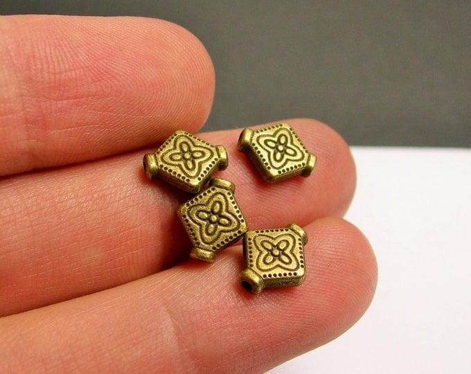 Antique brass beads - 50 pcs - antique bronze lozenge engraved  - BAZ107