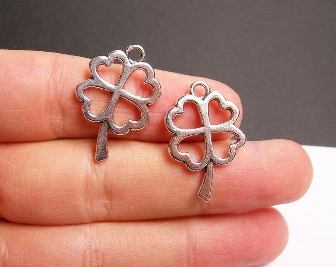 12  Four leaf Clover charms - Silver tone clover charms - 12 pcs  - ASA158