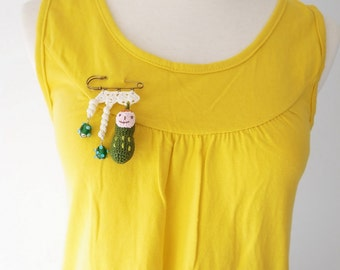Crochet Lace Jewelry (Happy Peanut I-a) Fiber Jewelry, Crochet Brooch