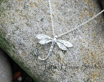 "Detailed Silver Dragonfly Necklace  18"" Chain"
