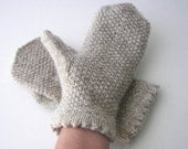 Hand Knit Natural Virgin Undyed NZ WOOL MITTENS in Grey/ Gray / Undyed Wool Mittens