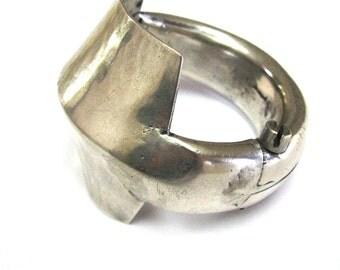 Vintage Indian Bracelet, Ethnic Tribal, Cuff Bracelet,  Heavy Hollow, Silver, Kadla Bracelet, Gujarat or Rajasthan, 120.3 Grams (4.245oz)