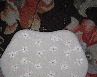 Vintage '30s, '40s or 1950s Beaded Clutch Purse with Chain Excellent Condition