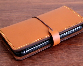 Hand stitched iPhone 6, 6 (s) / 7, 7 (s) PLUS Leather wallet with a Silicone case in SADDLE TAN (Free Monogram)