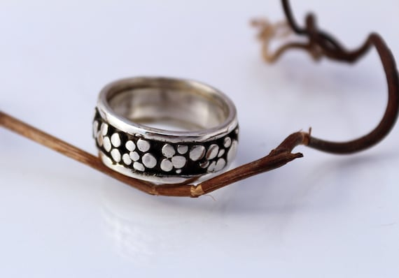 Pebbles , 925 sterling silver wedding band