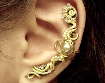 Gold Pearl Ear Cuff - no piercing