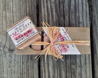 Wild Berry Guest Soap Gift Pack - Burlap,  Shabby Chic, Holiday