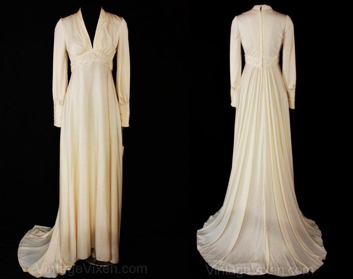 Size 6 wedding dress glamorous goddess style bridal gown for Goddess style wedding dresses
