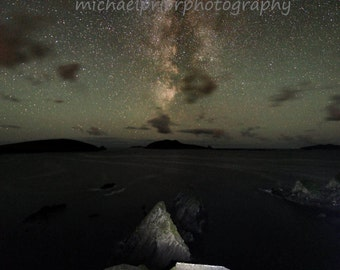 the milky way setting behind the blasket islands