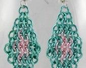 Chainmaille Earrings Medium Diamonds - Seafoam & Pink