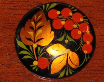Russian Handmade Khohloma Brooch Redcurrant /red berry