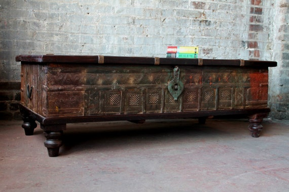 Trunk coffee table antique indian olive green and red wood Indian trunk coffee table