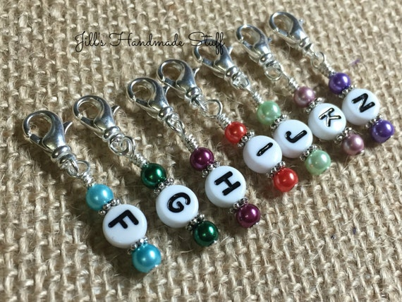 Crochet Stitch Markers How To Use : Crochet Stitch Markers- Small Set of 7 Crochet Hook Size Markers- Work ...