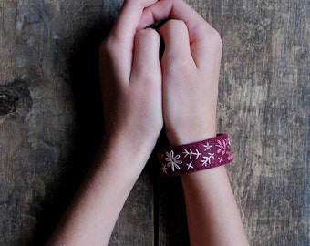 Felt Bracelet - Felt Cuff - Bits of Branches - Cranberry and Pink