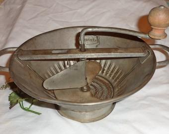 Large Vintage PASSE-VITE Food Mill   hand churn