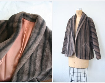 elegant 1950s faux fur coat - striped jacket / Dusty Coral - silk satin lining / 50s - Old Hollywood glamour