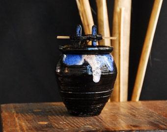 Japanese Styled Lidded Pot Jar (Tsubo)