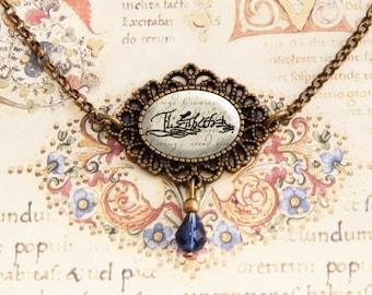 Elizabeth I - Signature Necklace