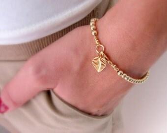 Gold beaded bracelet, Delicate gold bracelet, Gold charm bracelet, Leaf bracelet, Everyday bracelet, Dainty bracelet, Elegant bracelet