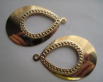 2-Gold Teardrop Pendant