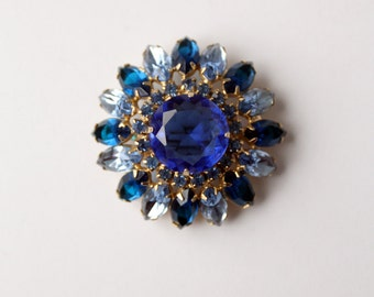 1950s blue rhinestone snowflake brooch