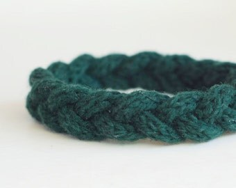 Pure Cashmere Bracelet - Dark Green - Hand Knitted - Eco Friendly Accessory