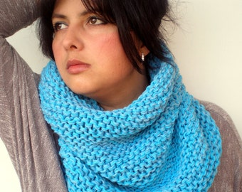Turcois  Blue Cowl Super Soft  mixed Wool Neckwarmer Woman Cowl NEW