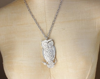 60s 70s Owl Pendent Necklace Silver Signed Park Lane