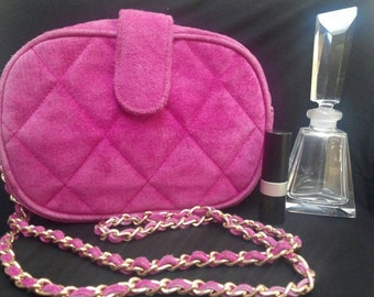 1980s Pink Fuschia Quilted Shoulder Purse w/Chain Link Strap