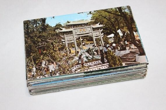 100 Vintage World Travel Unused Postcards - Wedding Guestbook