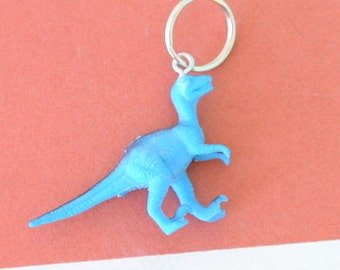 DINOSAUR Keychain...dangly. novelty. dino. retro. science. kitsch jewelry. plastic toy. blue dino. dino crazy. jurassic park. brachiosaurus